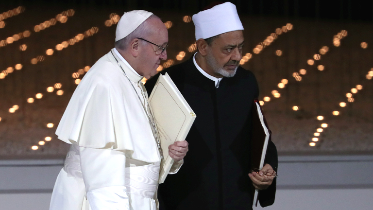 Papa-Francisco-e-o-Grande-Imame-de-Al-Azhar-Abu-Dhabi_Toni-Gentile-Reuters